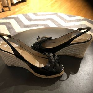 Valentino bow wedge